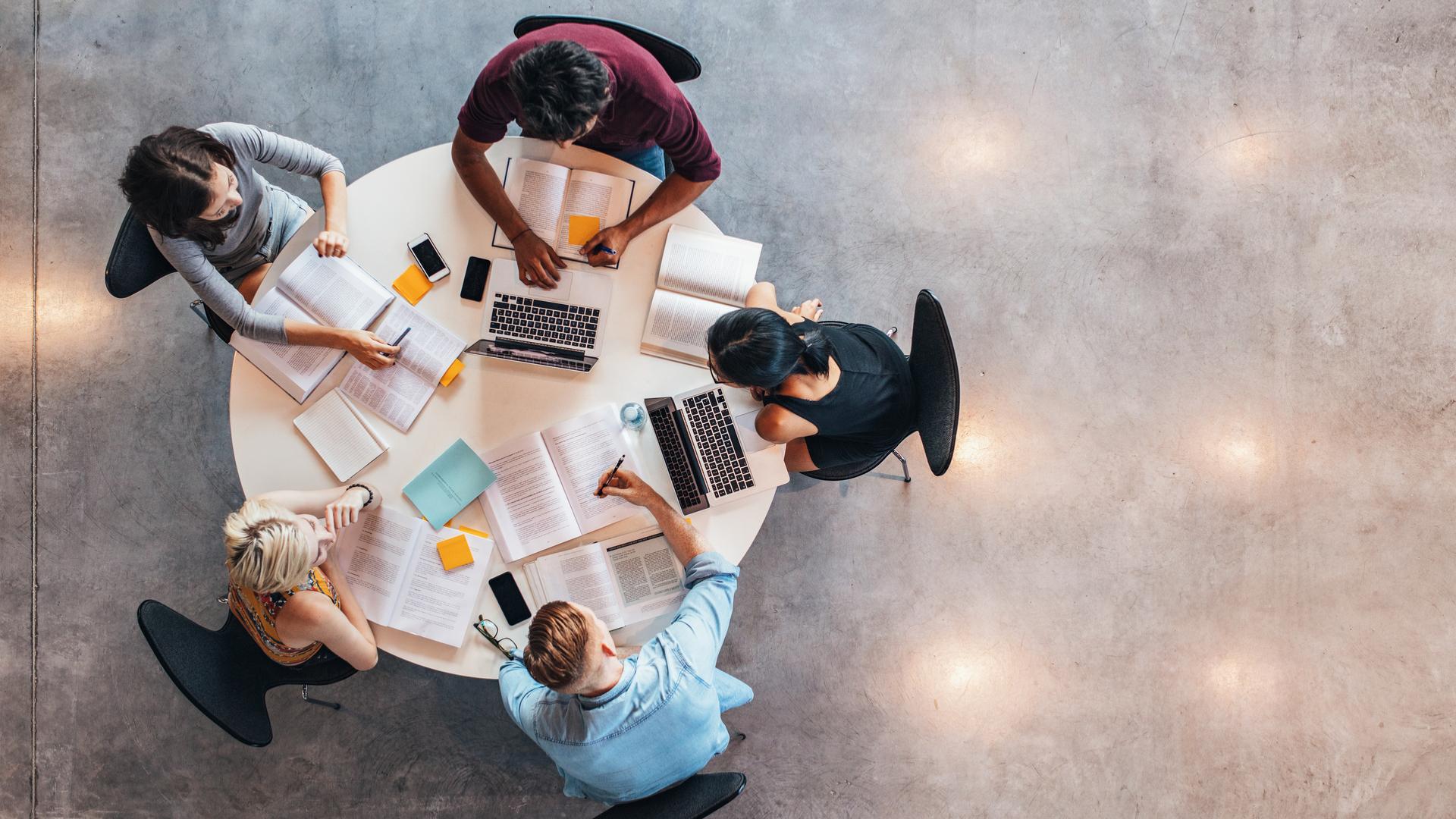 Competenze digitali: Besourcer, la piattaforma per scoprire il lavoro del futuro